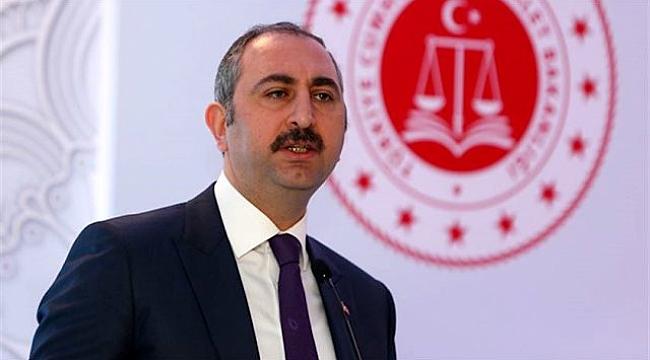 Adalet Bakanı Abdulhamit Gül'den 2. Yargı paketi açıklaması: Cezaya ilişkin bir düzenlemeyi ön görmüyor.