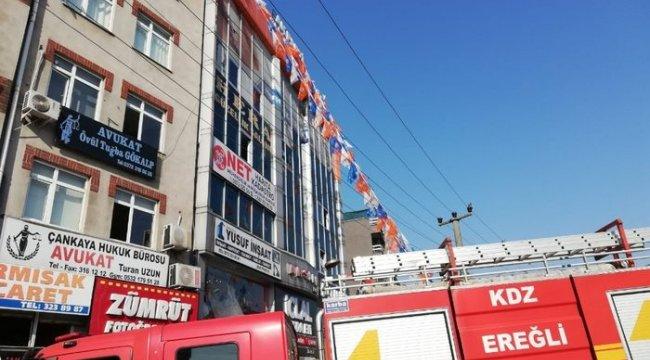 AK Parti Kdz. Ereğli İlçe binasında yangın paniği yaşandı