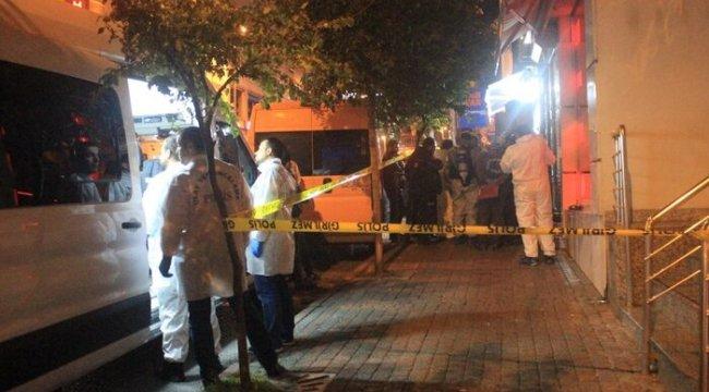 Fatih'te bir evde 4 kişinin cesedi bulundu
