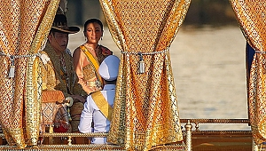 Tayland kralı, haremi ile lüks otelde karantinada.