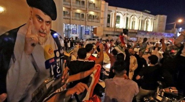 Irak'ta seçimin ilk sonuçlarına göre Şii din adamı Sadr'ın partisi en fazla oyu aldı